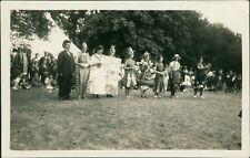 Ladies Fancy Dress Carnival Rural    Ai.384