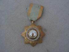 belle    medaille ordre de l'etoile d'anjou comores