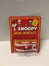 Vintage Aviva 1965 Snoopy Peanuts Charlie Brown Can Am Race Car Diecast MOC 1/64
