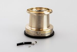 Daiwa Tournament 5000T Stainless Steel Spring Loaded Line Clip (Self Fit)