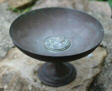 petite coupe en bronze marqué  f. barbedienne