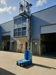 2010 GENIE MANLIFT GR-15 15FT 4.6M In exc. working condition Only 388 Hours