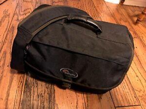 Lowepro Nova 5 AW Camera Bag (Black)