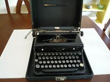 Royal Typewriter - Portable with case Model O- Vintage/ Antique- 1930s/1940s