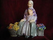 Royal Doulton Granny'S Heritage English figurine Hn 2031 antique Girl Victorian