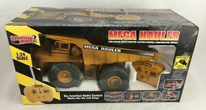 Hobby Zone Mega Hauler 1:24 Radio Controlled Model Construction Vehicle Unused
