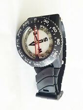 Wrist or lanyard mounted Scuba Diving Compass