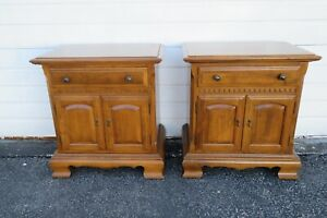 Ethan Allen Solid Maple Pair of Nightstands Side End Bedside Tables 1727