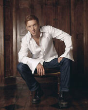 DAMIAN LEWIS UNSIGNED PHOTO - 7922 - SEXY!!!!!