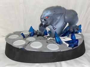 Disney Infinity 2.0 Collectors MARVEL FROST GIANT BEAST Base Display Stand RARE