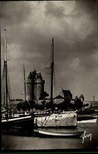 Saint Servan Ille et Vilaine CPA ~1950/60 La Tour Solidor et le Port Turm Hafen