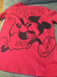 SIZE S  5 DISNEY STORE FUN!!! MICKEY MOUSE T-SHIRT NWT