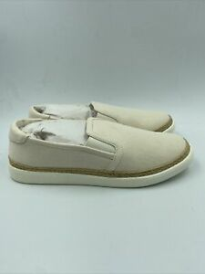 Vionic Womens Sunny Rae Canvas Ivory Shoes Size 7.5 M , 671