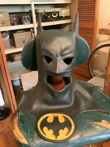 Vintage BATMAN 1989 Licensed Dark Knight DC Comics Latex Mask and Cowl
