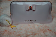 TED BAKER LONDON - Jana Bow Triangle Cosmetic Case Color:DUSKY PINK