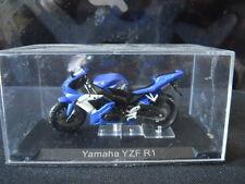 Modellino Moto 1:22 per collezionisti YAMAHA YZFR1