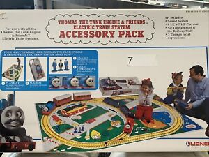 Lionel Thomas The Tank Engine & Friends Accessory Pack G Scale Train 8-82121.