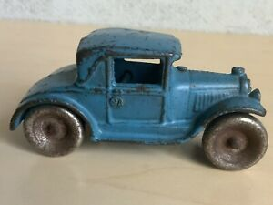 """Vintage 1930's Arcade toy cast iron Ford Coupe car #113 4"""" All Original"""