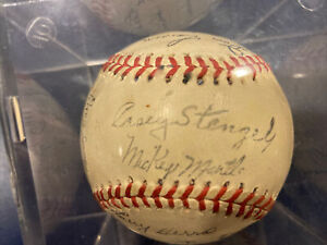 New York Yankees Stamped Autograph Team Baseball EX cond. 1950s Mickey Mantle+