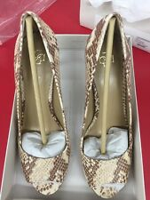 ANN TAYLOR OE EVIE PHYTON EMBOSSED PEEPTO Size 9 Color Natural