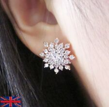 Women's Lovely Shiny Gold Flake Crystal Stud Earrings - UK Free P&P