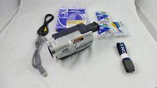 SONY CCD-TRV318 HI8 Videocamera con LCD da 2,5 pollici e costante SHOT