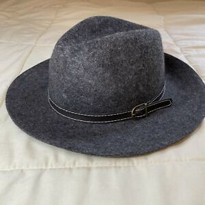 NWT Steve Madden Womens 100% Wool Gray Hat With Strap & Buckle OSFA