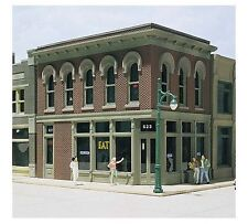 DPM (HO Scale) 100 Series Kits #11500 -- The Other Corner Cafe - NIB