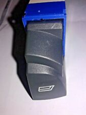 FIAT DUCATO II DAL 2002> PULSANTE ALZAVETRO ANT DX 6 PIN 735315616 cod.53/4047