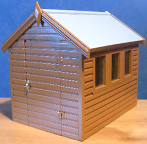 1/12, Dolls House Miniature Wooden Garden Shed for tools wood out house BN LGW