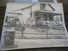 """ORIGINAL, 1940'S,  8"""" X 10"""" PHOTOGRAPH  OF PERRY'S NUT HOUSE IN BELFAST, MAINE"""