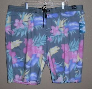 Roundtree & Yorke Tropical Floral Board Shorts Swimwear  Men's size 46 NWT