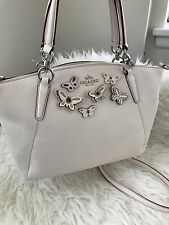 Coach Butterfly Applique Small Kelsey Bag Pebble Leather F59354 Silver / Chalk