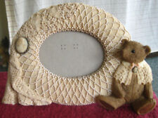 1993 United Designs Resin Picture Frame Lacey Bear Cream Brown with Cameos