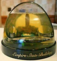 VTG Empire State Building NYC Plastic snow globe Glitter w/Little Cab & Police