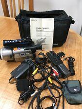 Sony CCD-TRV300E Video Camera Recorder Handycam Vision