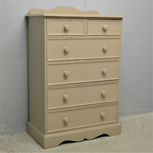 Painted Solid Quality Pine Chest of Drawers 2 over 4 clean Delivery available