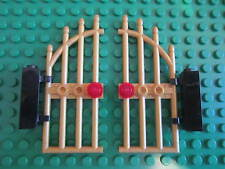 Lego 2 x Castle Arched Doors / Barred Gates + hinge bricks ,  Matching Pair GOLD