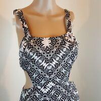 Women's Unbranded Dress Open Sides Open Back Black White Size Small Double Slit