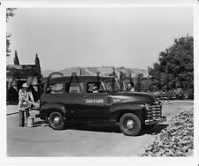 1950 Chevrolet Model 3106 Suburban Truck, Ranch, Factory Photo (Ref. # 32602)