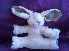 Doudou  lapin plat allonge blanc et beige Les petites Marie