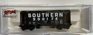 N Atlas 3164 PS-2 2 Bay Hopper Southern RR  Rd# 900175 MT Couplers