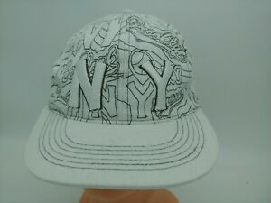 New York NY  Fitted Size M.5 Embroidered  White Baseball Cap Hat