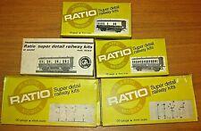 'RATIO' Plastic OO Gauge KITS x5 - GWR Coaches x3 & Signals x2 VGC