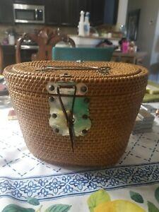 Hand weaved WONDERFULLY Versatile  HANDCRAFTED Chinese wedding basket