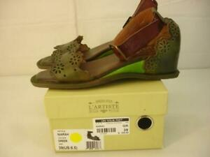 Women's 8.5 39 L'Artiste by Spring Step Niarah Green Ankle Strap Sandals Leather