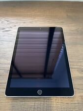 Apple iPad Air 2 64GB Wi-Fi + Cellular (Unlocked) 9.7in - Space Gray