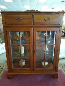 Bob Timberlake  Lexington Furniture China Curio Display Cabinet (6-8 weeks)