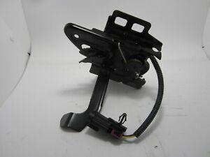 2005-2010 Pontiac G6 Hood Lock Latch OEM 20763654