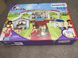 Schleich Big Horse Show Playset incOver 100 Accessories Horse Club Figure RRP£79